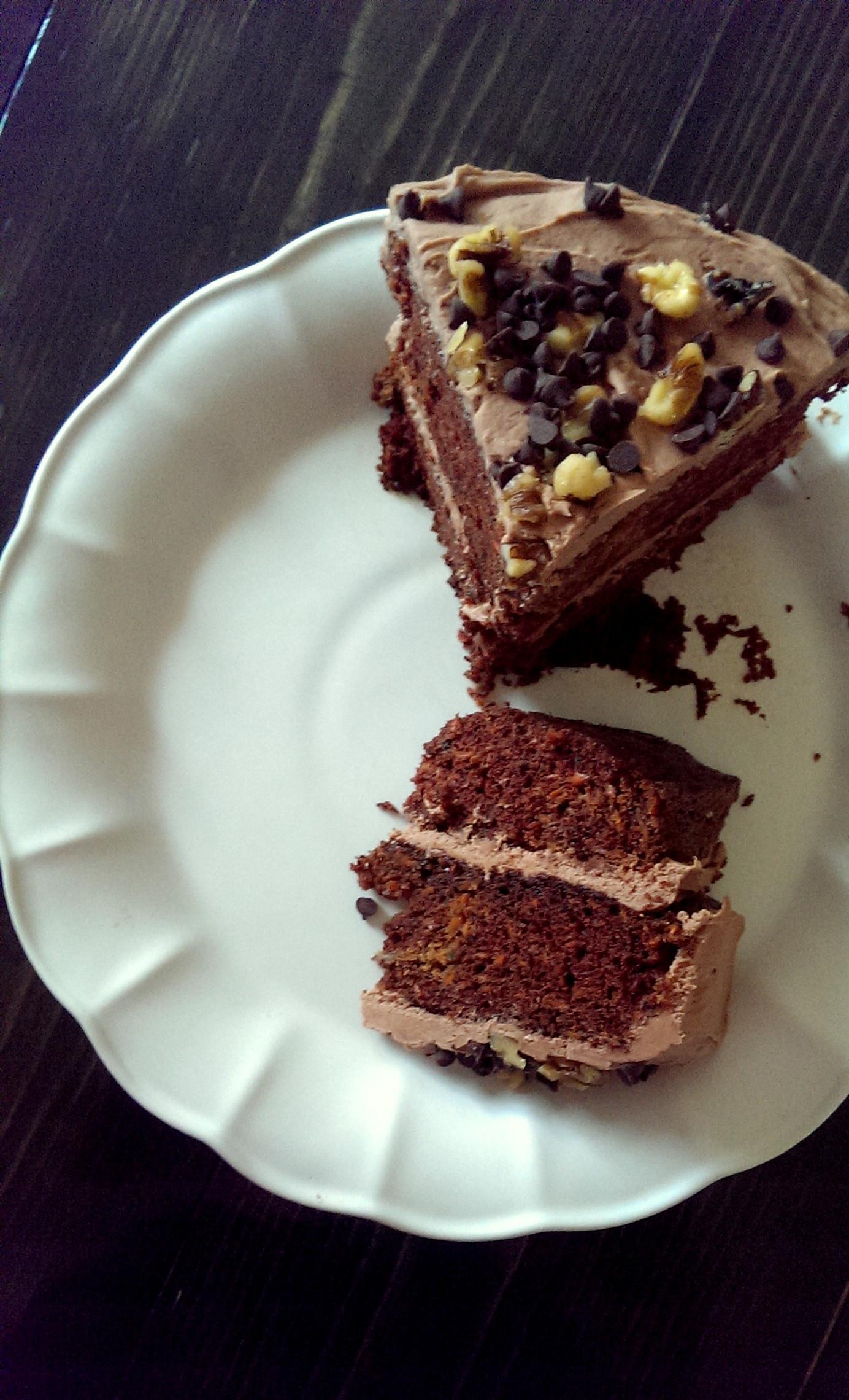 Choclate Carrot Cake  September s Cake Chocolate Carrot Cake om&nom