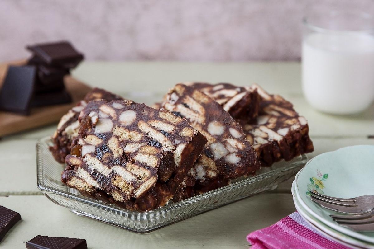 Chocolate Biscuit Cake  Chocolate Biscuit Tiffin Cake Recipe