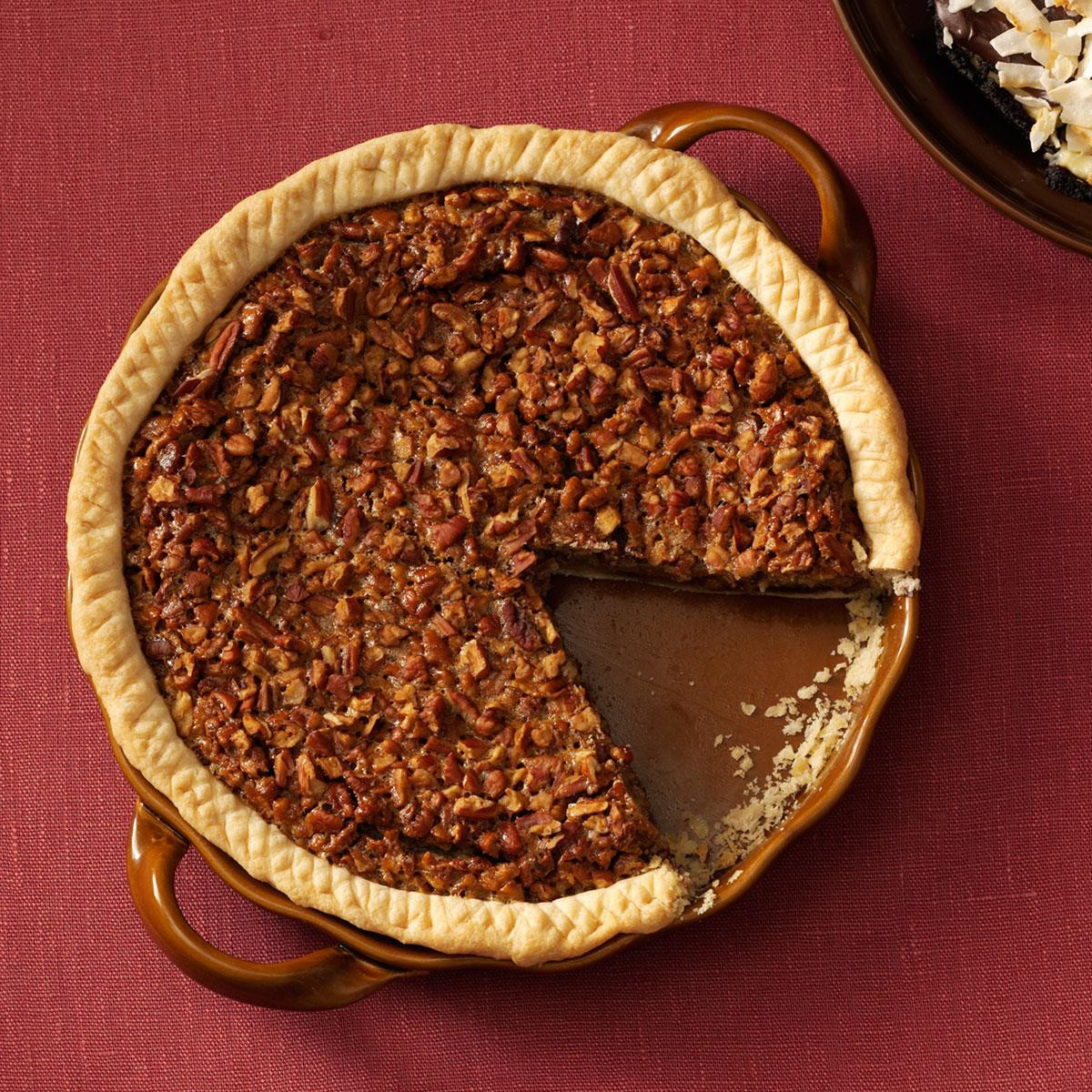Chocolate Bourbon Pecan Pie  Easy Bourbon Chocolate Pecan Pie Recipe