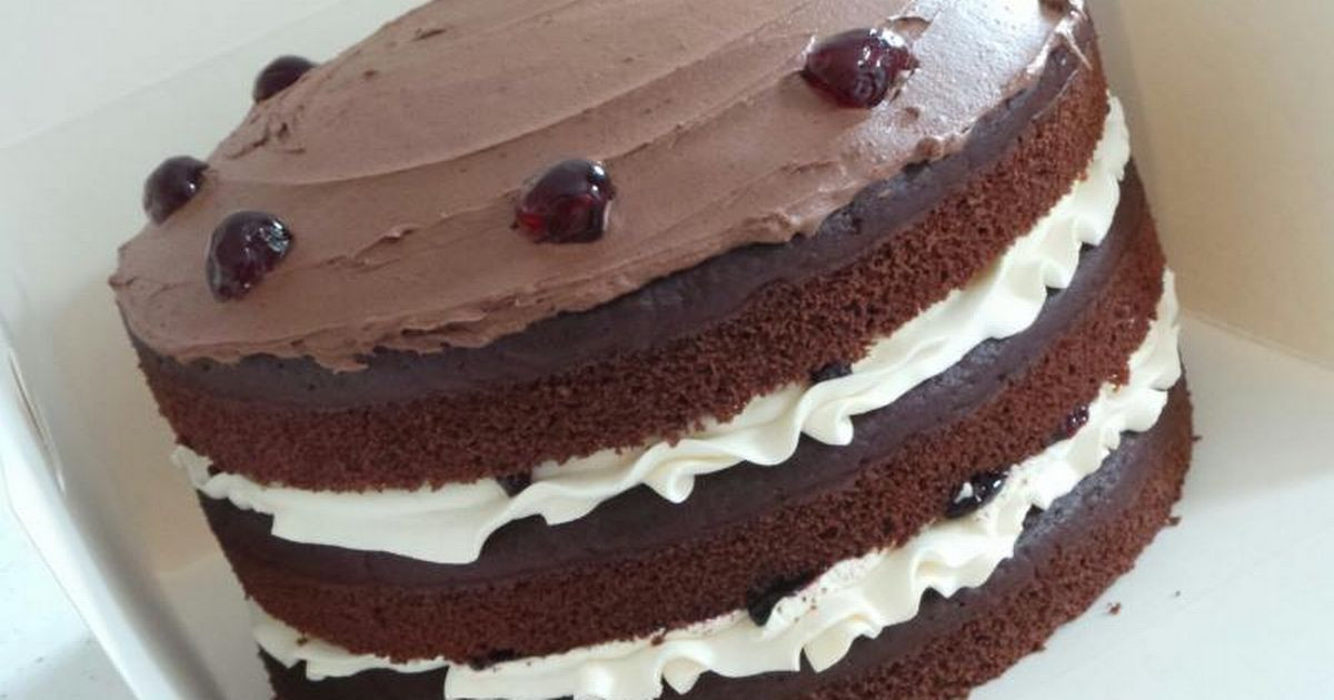 Chocolate Cake For Breakfast  Eating chocolate cake for breakfast is good for you and