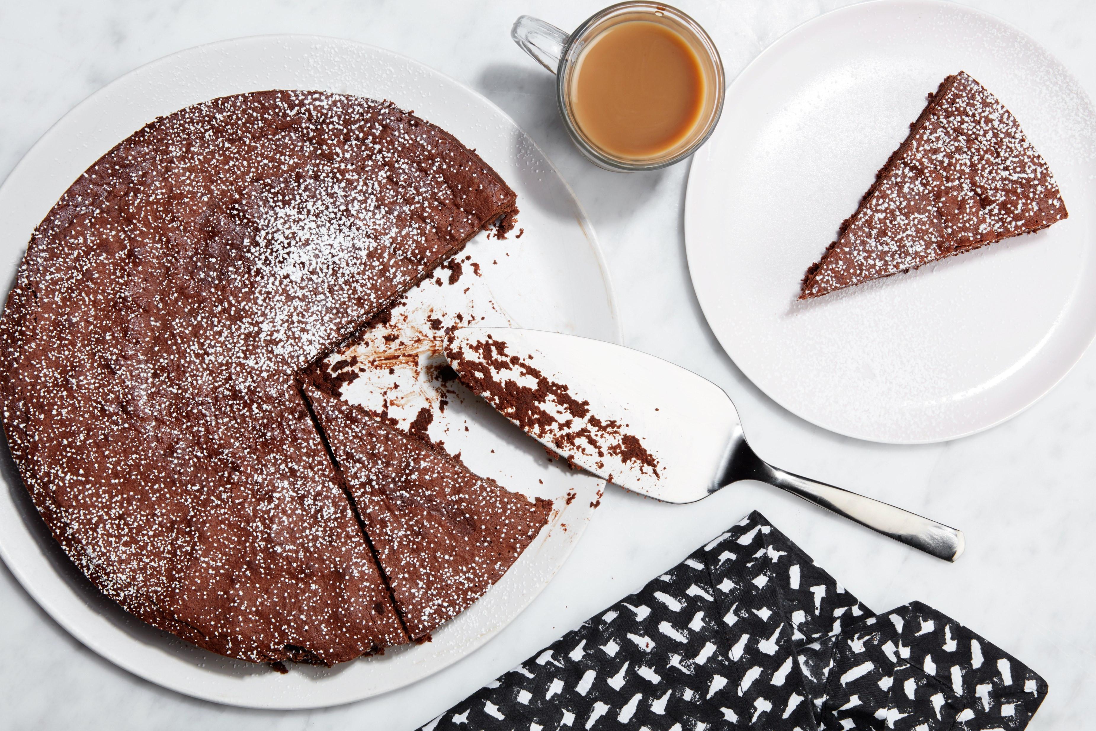 Chocolate Cake Ingredients  3 Ingre nt Flourless Chocolate Cake recipe