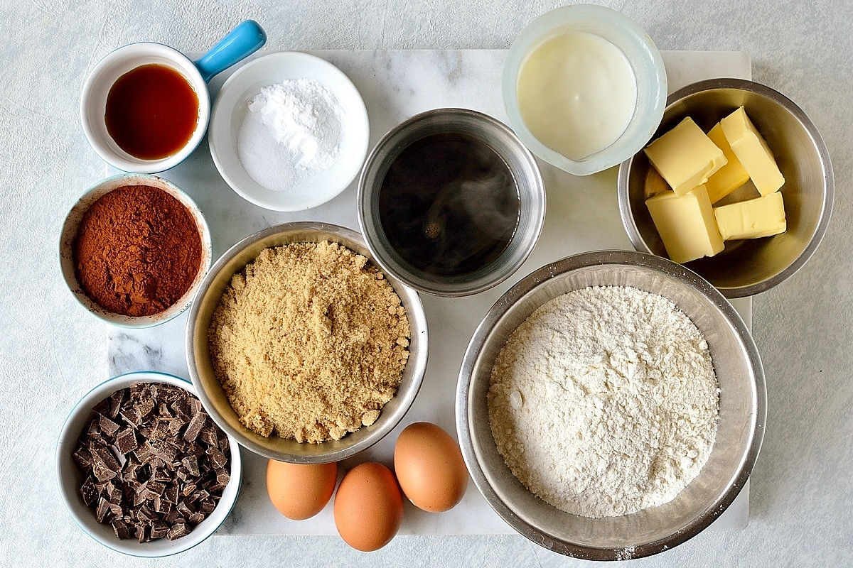 Chocolate Cake Ingredients  How To Make The Ultimate Chocolate Layer Cake