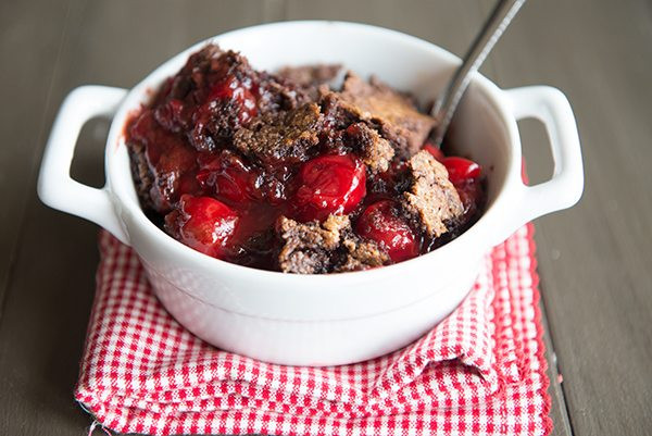 Chocolate Cherry Dump Cake  Simply Simple Recipe 3 Ingre nt Cherry Chocolate Dump