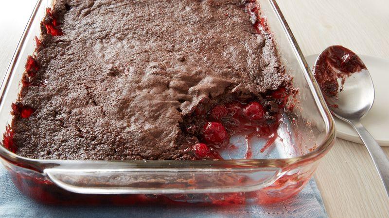 Chocolate Cherry Dump Cake  3 Ingre nt Chocolate Cherry Dump Cake – Cooking with LOVE