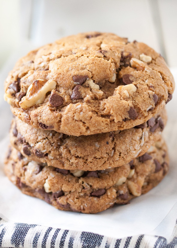 Chocolate Chip Cookies With Coconut Oil  Chocolate Chip Cookies With Walnuts and Coconut Oil