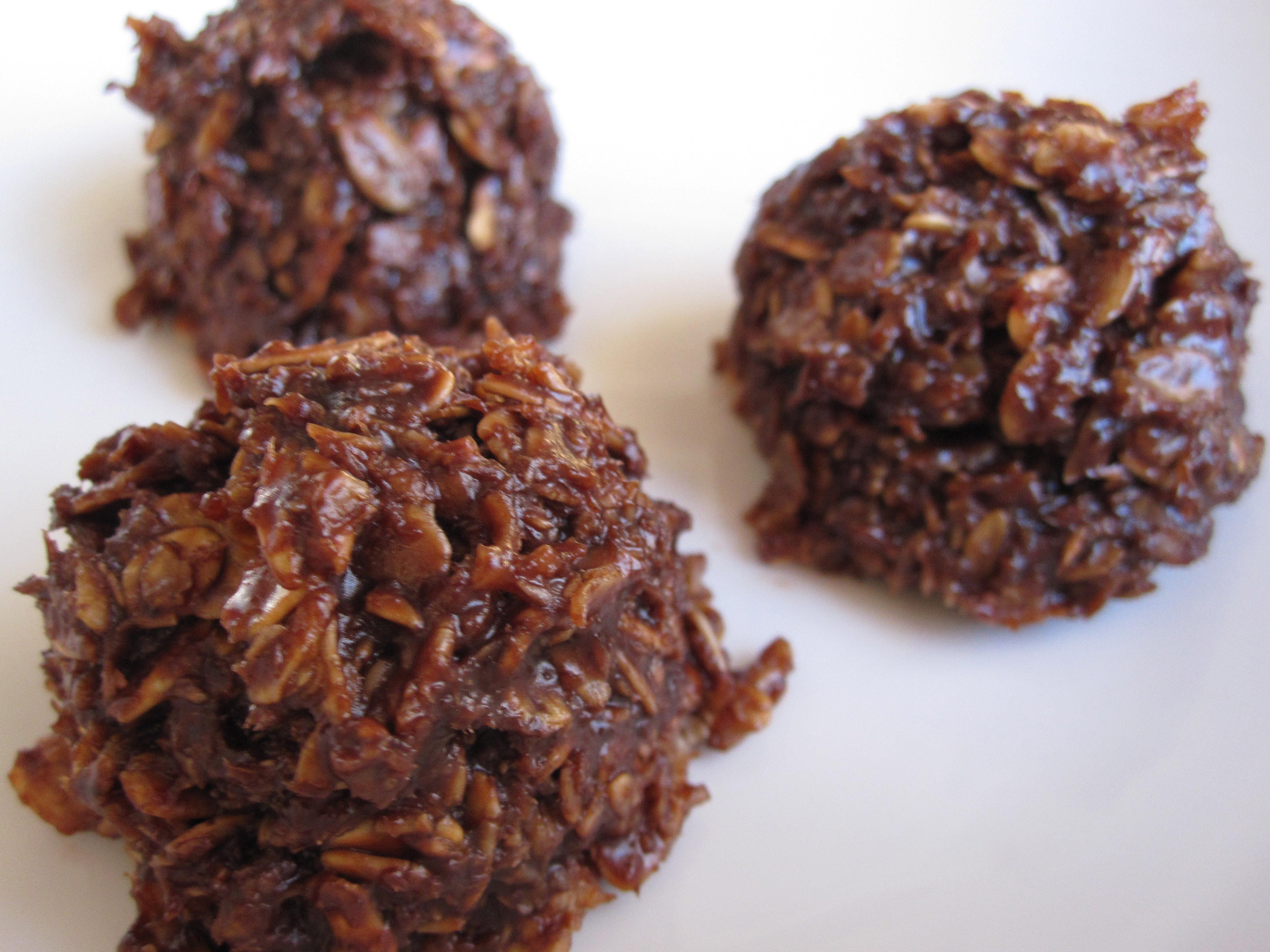 Chocolate Coconut Macaroons  Chocolate Coconut Macaroons