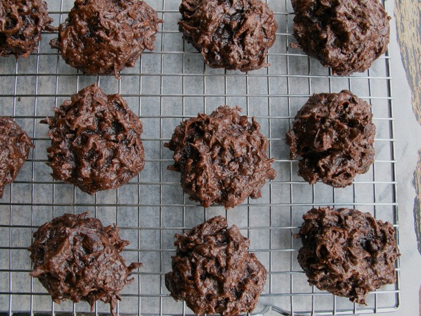 Chocolate Coconut Macaroons  Chocoholic Double Chocolate Coconut Macaroons