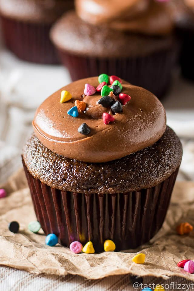 Chocolate Cupcakes From Scratch  Best 25 Chocolate cupcakes from scratch ideas on