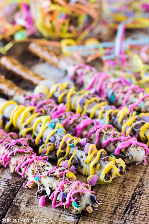 Chocolate Dipped Pretzels  Spring Chocolate Covered Pretzels