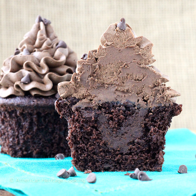 Chocolate Filling Cupcakes  Death By Dark Chocolate Filled Cupcakes – Honest Cooking