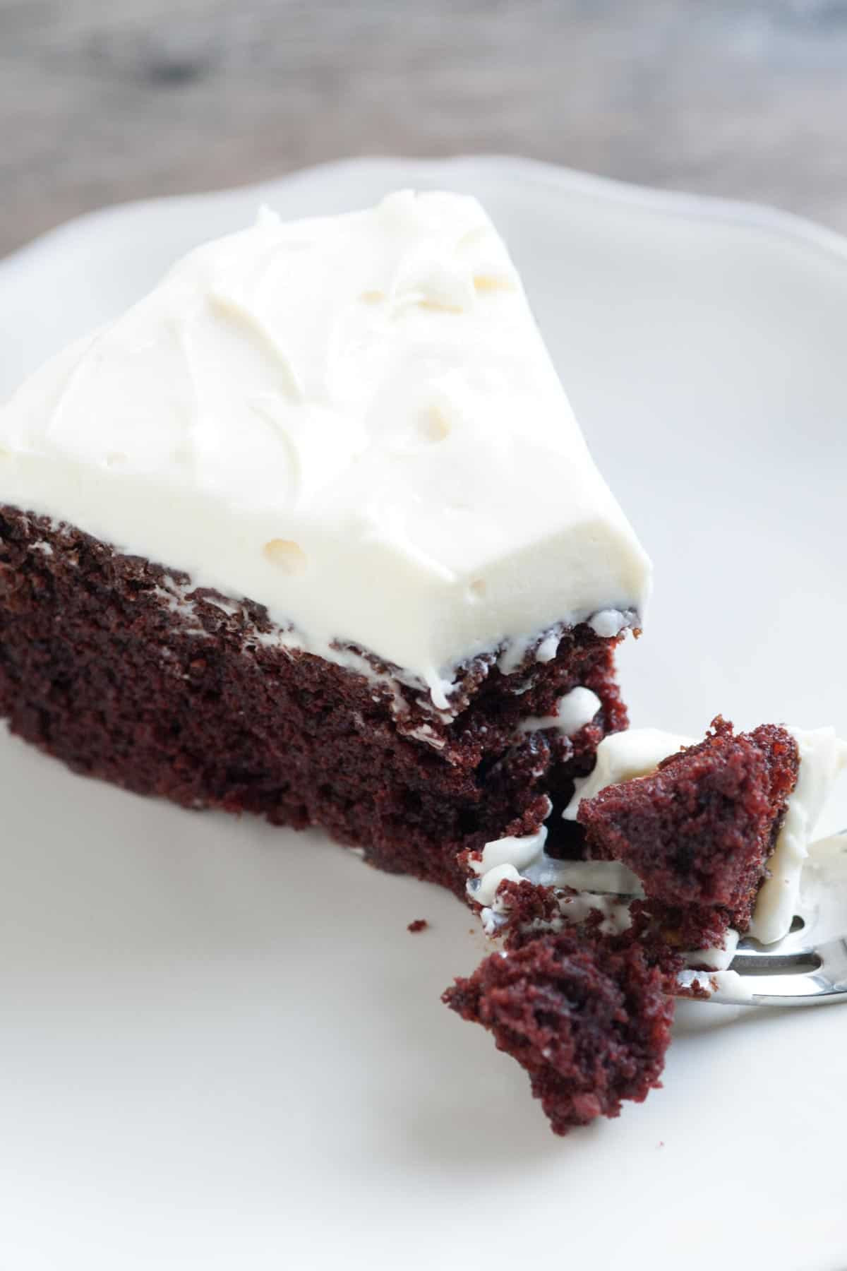 Chocolate Guinness Cake  Guinness Chocolate Cake Recipe with Creamy Frosting