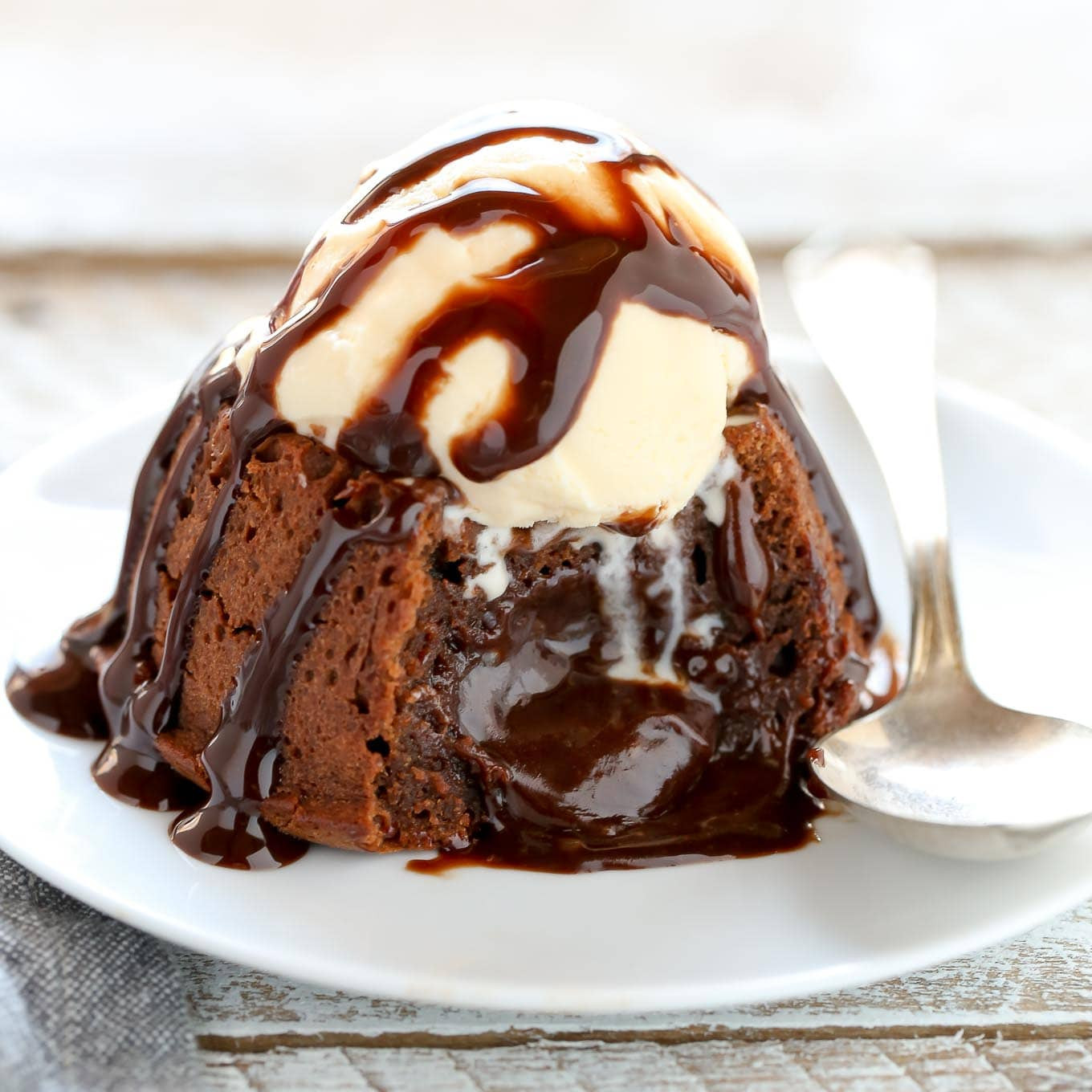 Chocolate Lava Cake  Molten Chocolate Lava Cakes For Two