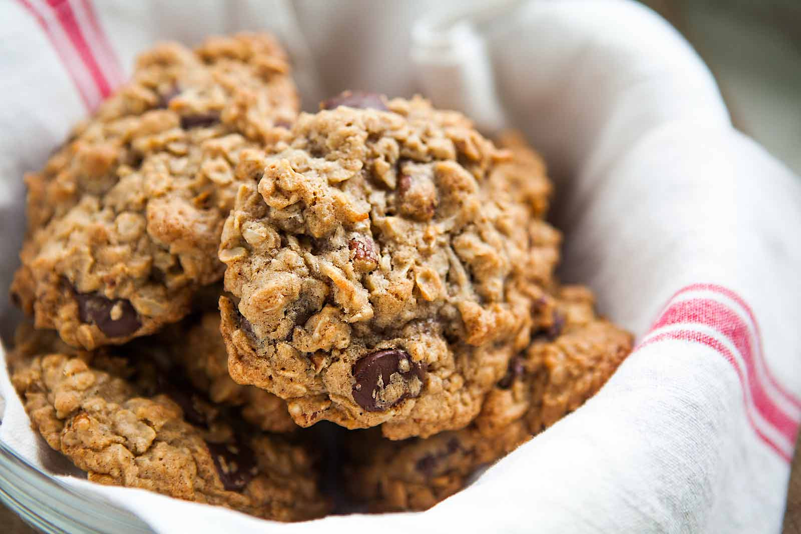 Chocolate Oatmeal Cookies  Oatmeal Chocolate Chip Cookies Recipe