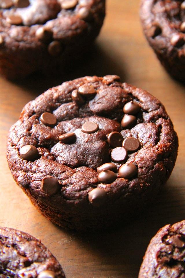 Chocolate Pumpkin Muffins  Flourless Chocolate Pumpkin Muffins