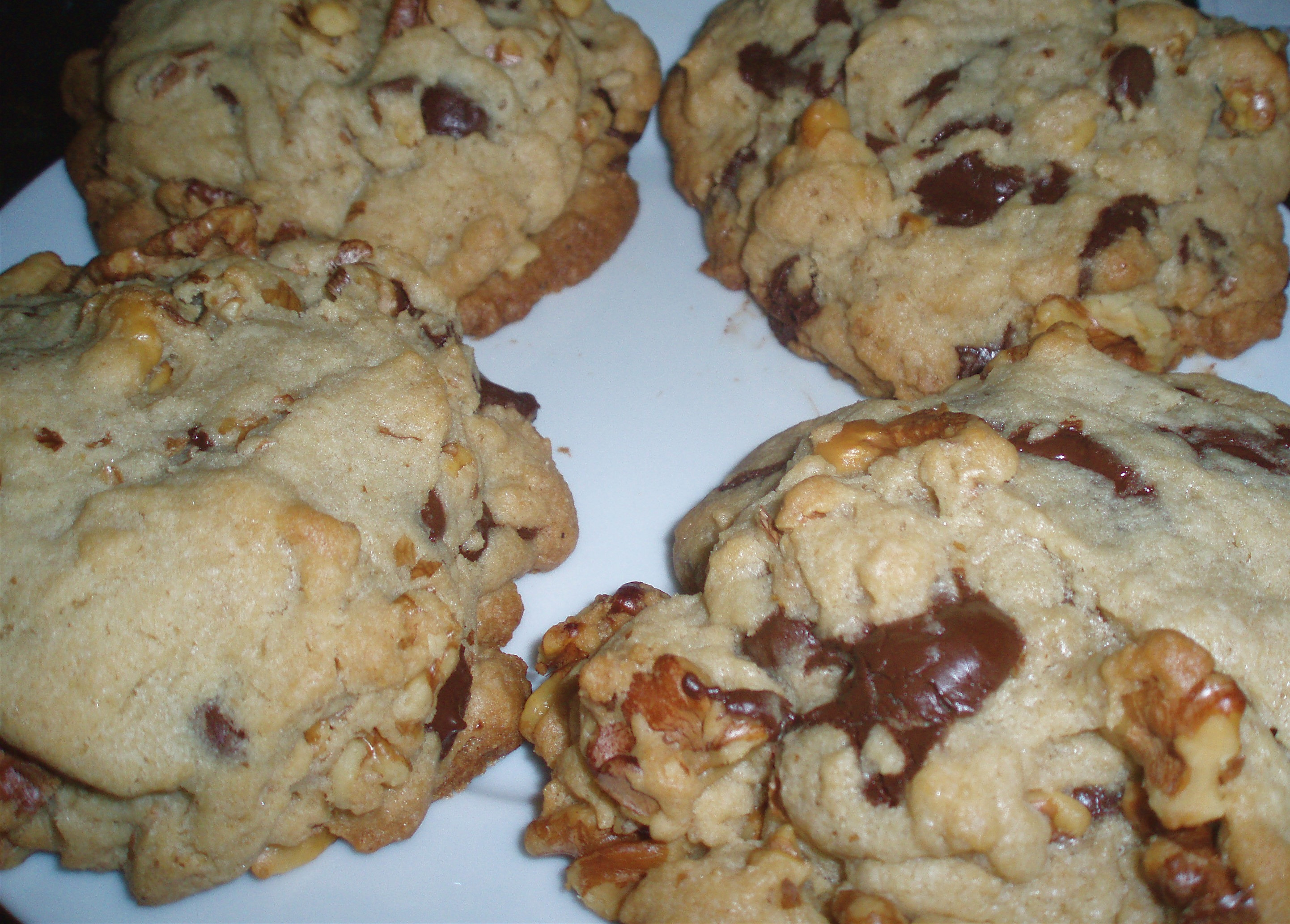 Chocolate Walnut Cookies  Chocolate Chip Walnut Cookies