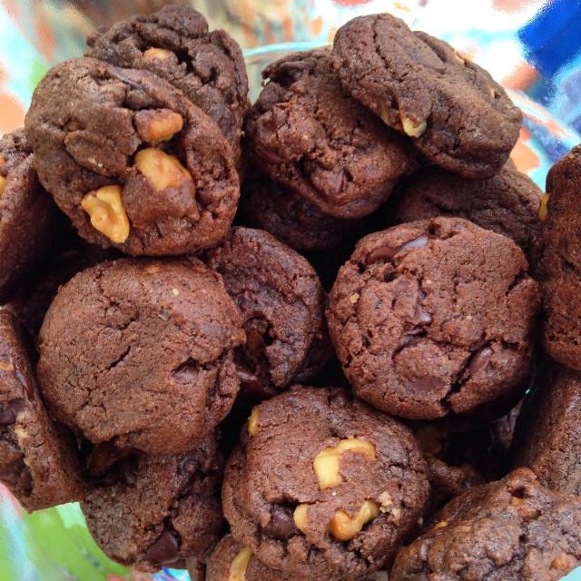 Chocolate Walnut Cookies  Double Chocolate Walnut Cookie Drops Baker s CHOICE