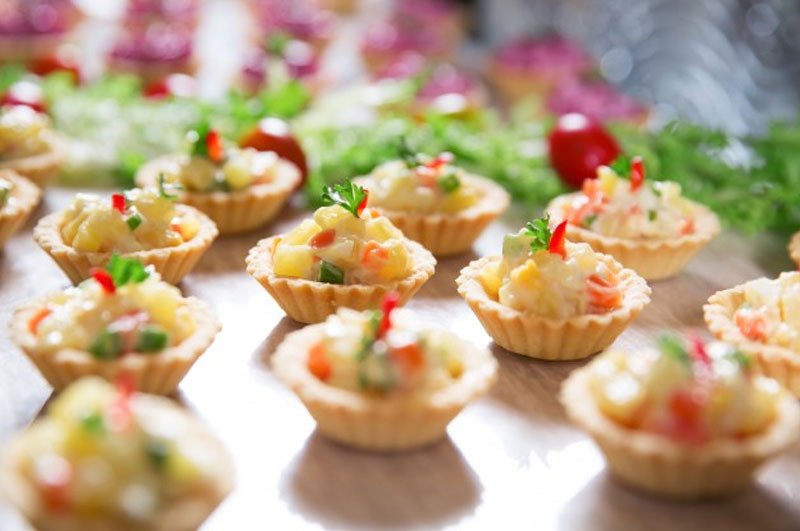 Christmas Appetizers 2018  11 Easy Holiday Party Appetizers to Jazz Up New Year's Eve