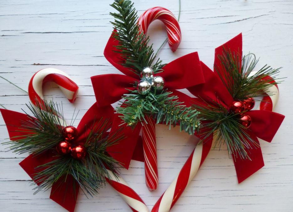 Christmas Candy Cane  Candy Cane Crafts 14 Homemade Christmas Ornaments and