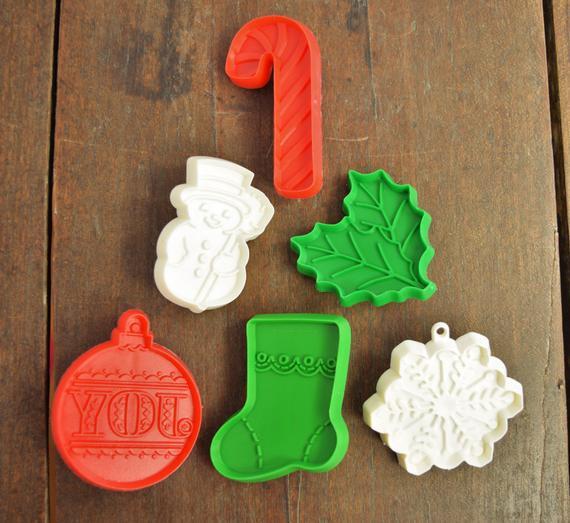 Christmas Cookies Hallmark  Vintage Hallmark Small Christmas Cookie Cutters 6 Piece Set