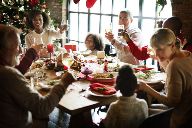 Christmas Dinner Restaurants  How to Include an Aging Family Member in Holiday