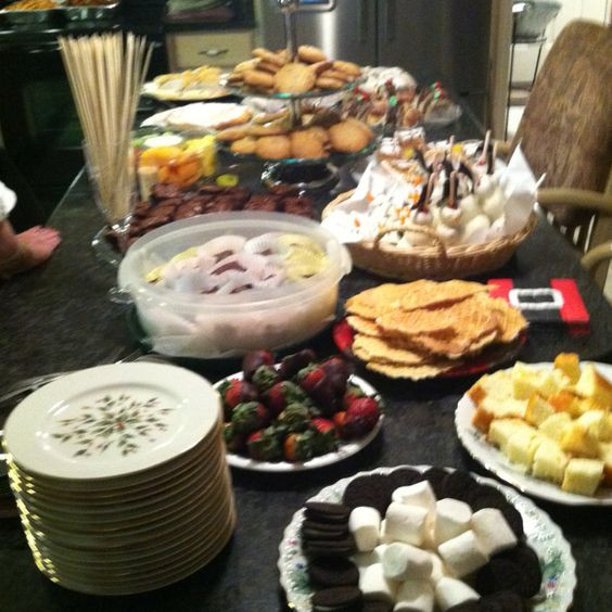 Christmas Eve Desserts  Christmas desserts Christmas eve and Desserts on Pinterest