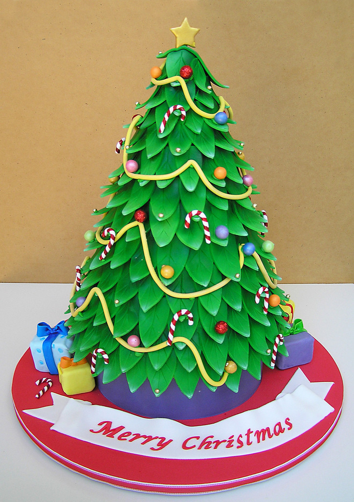 Christmas Tree Cakes  Festivals christmas tree cake pictures latest