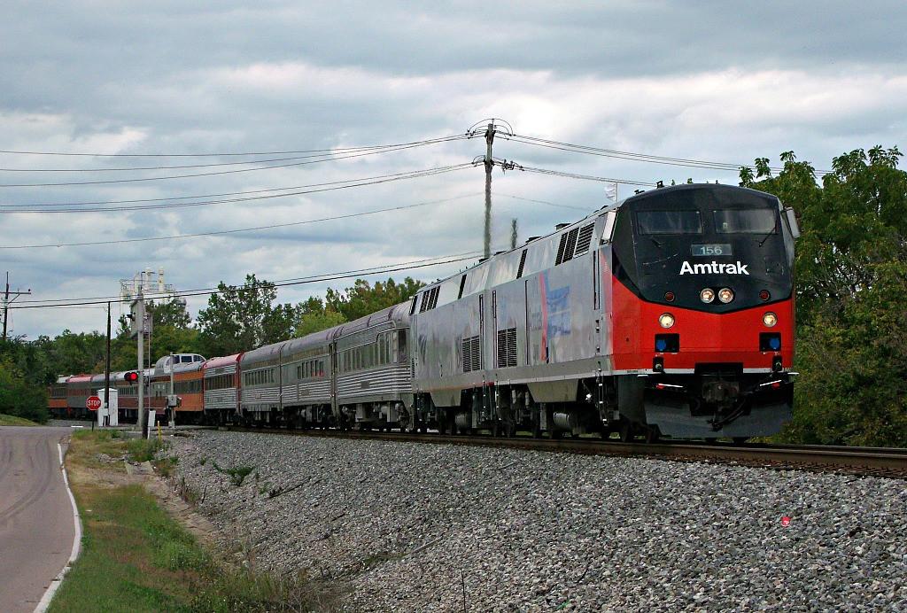 Cincinnati Dinner Train  Consist ing into Downtown Cincinnati Dinner