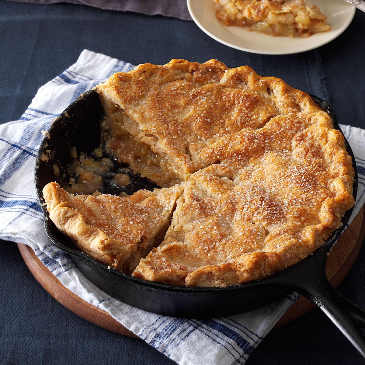 Cinnamon Apple Pie  Cinnamon Sugar Apple Pie Recipe