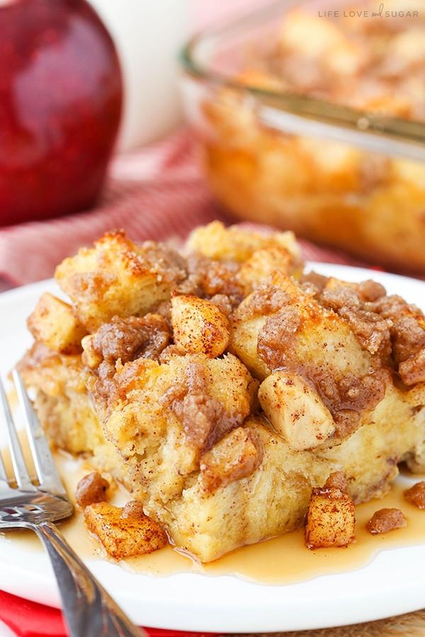 Cinnamon French Toast Casserole  Overnight Cinnamon Apple Baked French Toast Casserole