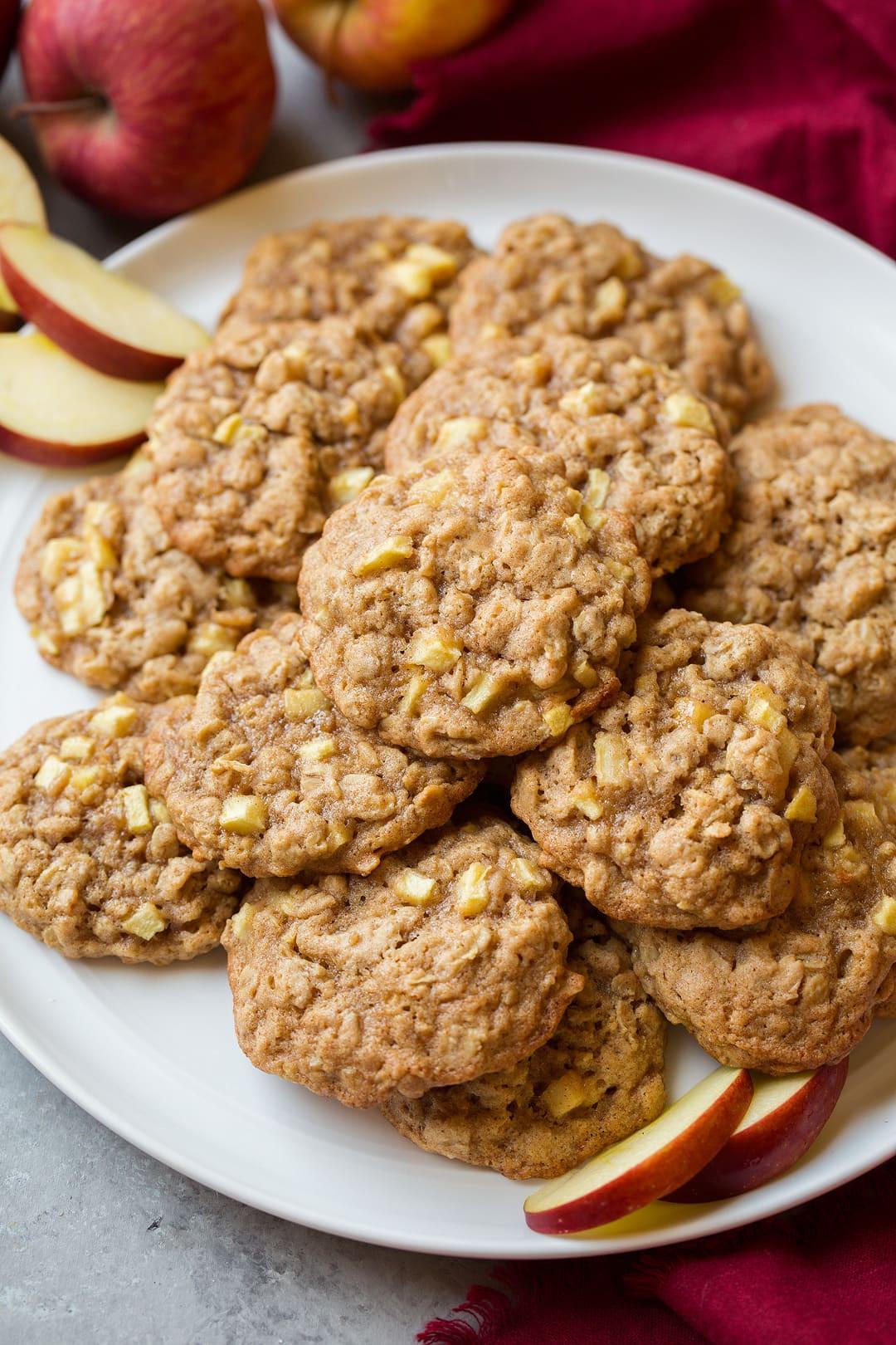 Cinnamon Oatmeal Cookies  apple cinnamon oatmeal cookie