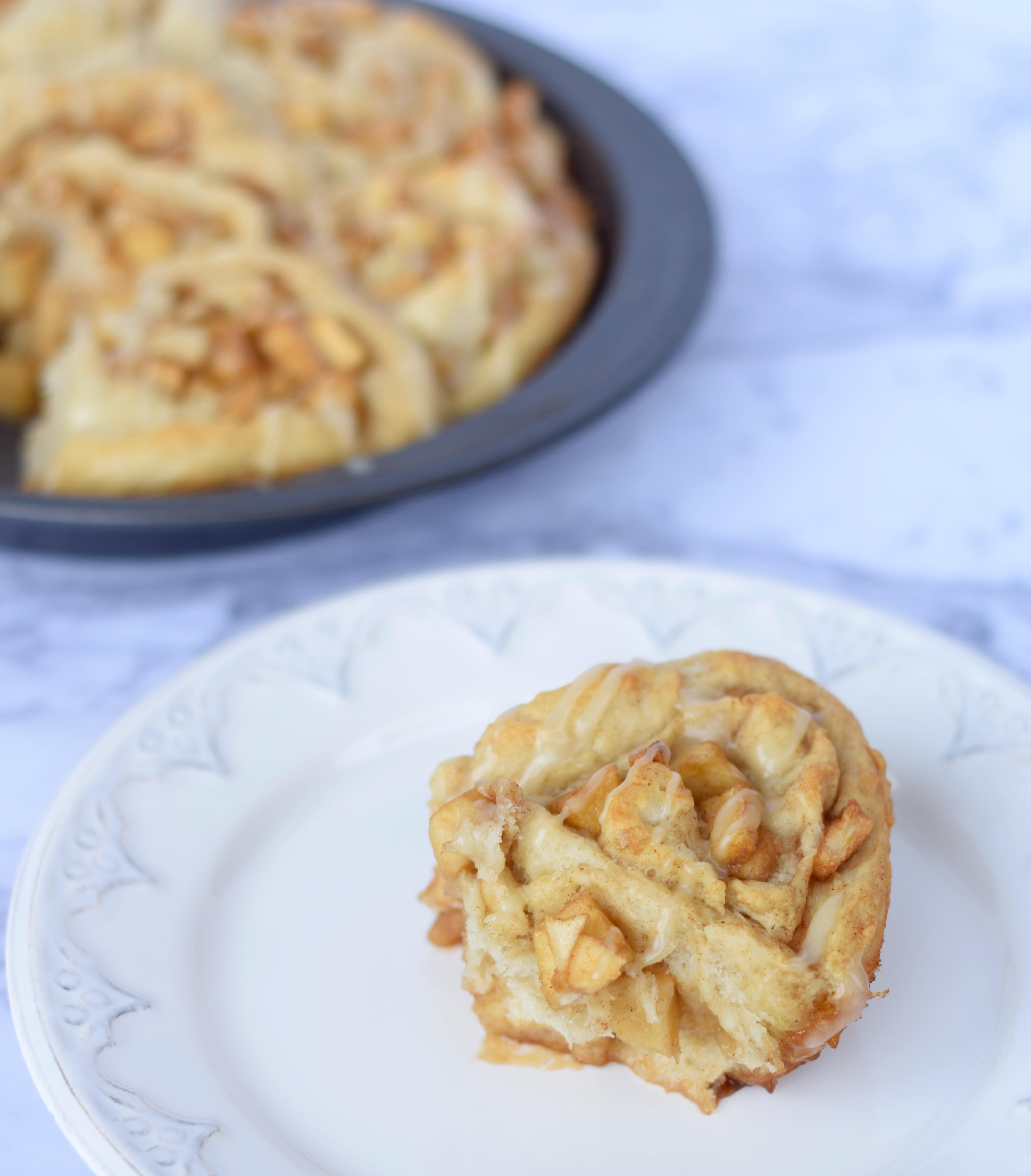 Cinnamon Roll Apple Pie Recipe  Apple Pie Cinnamon Roll Recipe