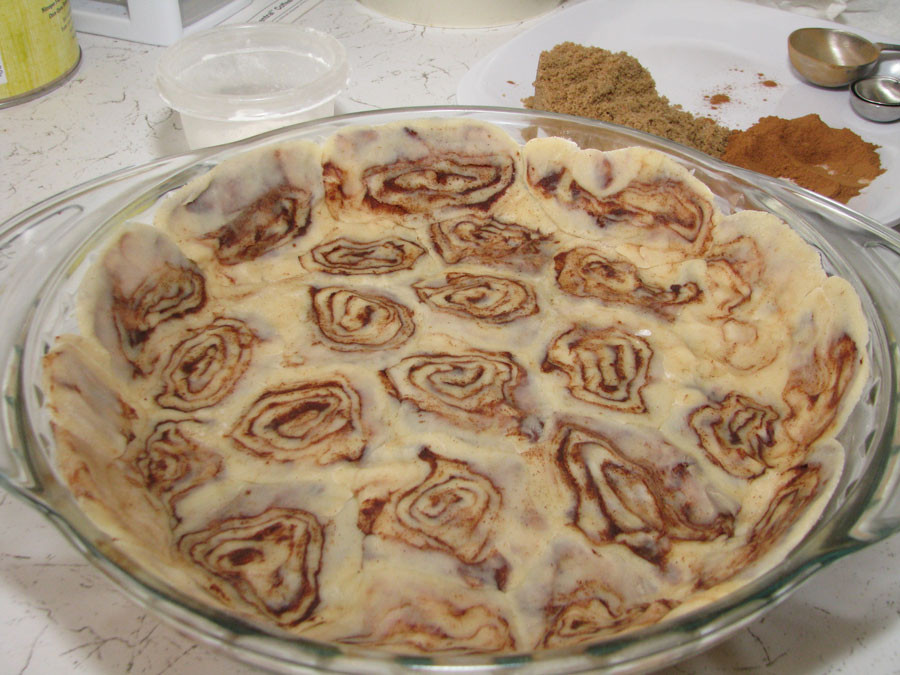 Cinnamon Roll Apple Pie Recipe  Pinsanity Apple Pie with Cinnamon Roll Crust