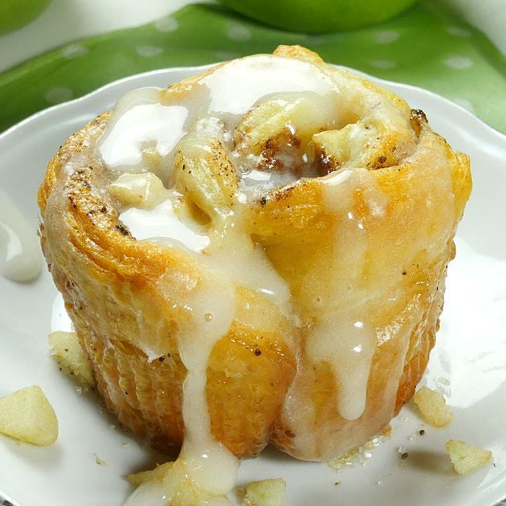 Cinnamon Roll Dessert  Apple Cinnamon Roll Cupcakes OMG Chocolate Desserts