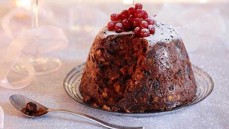 Classic Christmas Desserts  Recipe Classic Christmas pudding