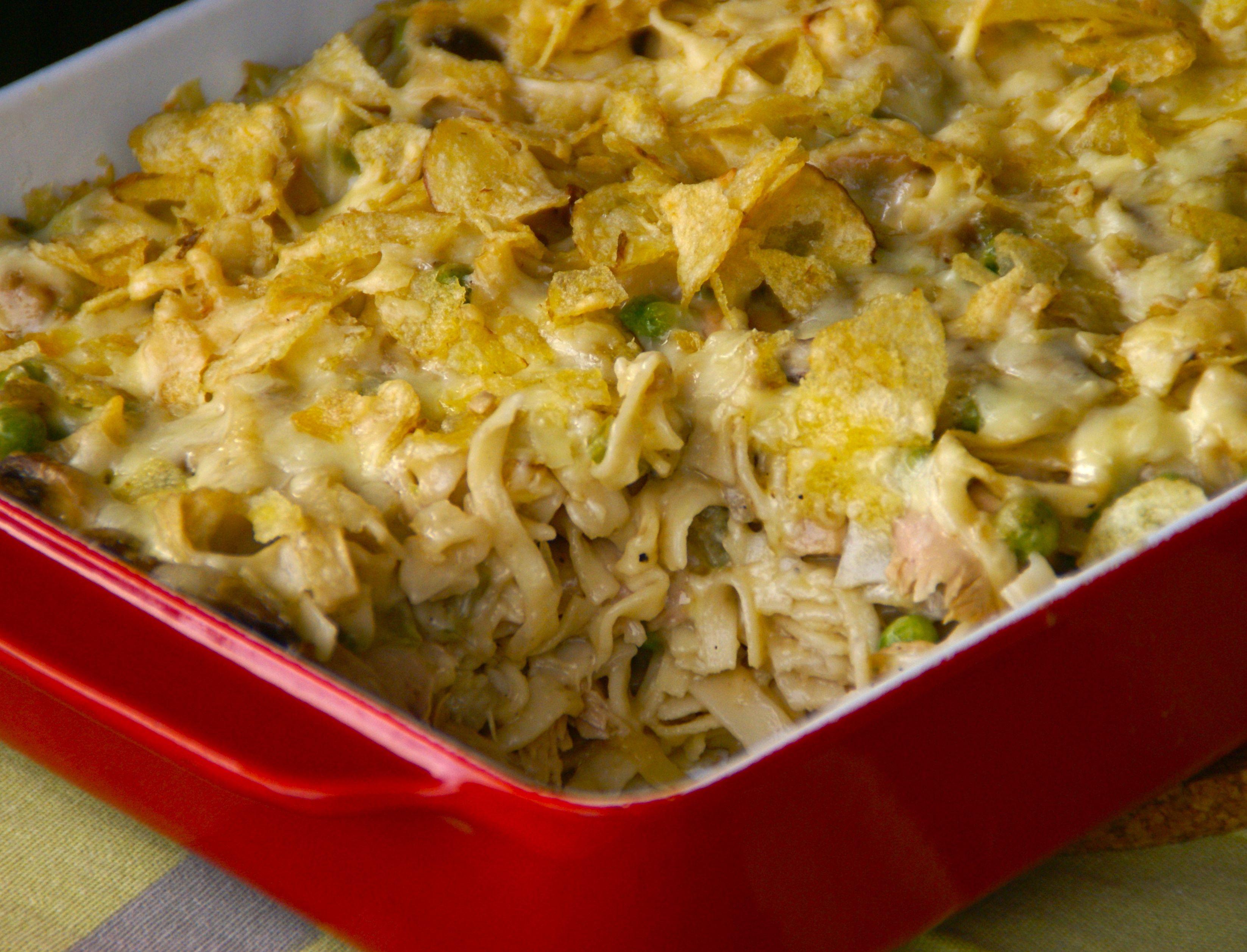 Classic Tuna Casserole  American Classic Tuna casserole
