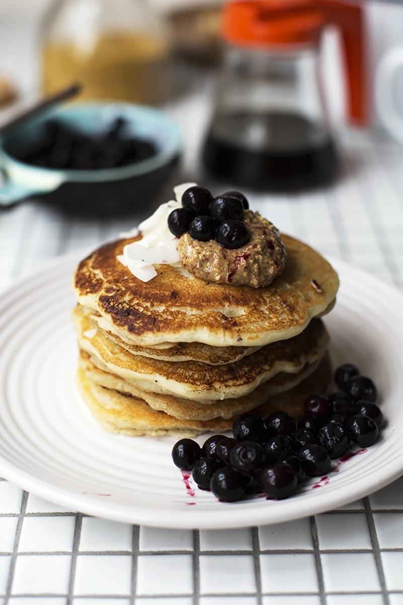 Coconut Flour Pancakes Vegan  coconut milk pancakes vegan