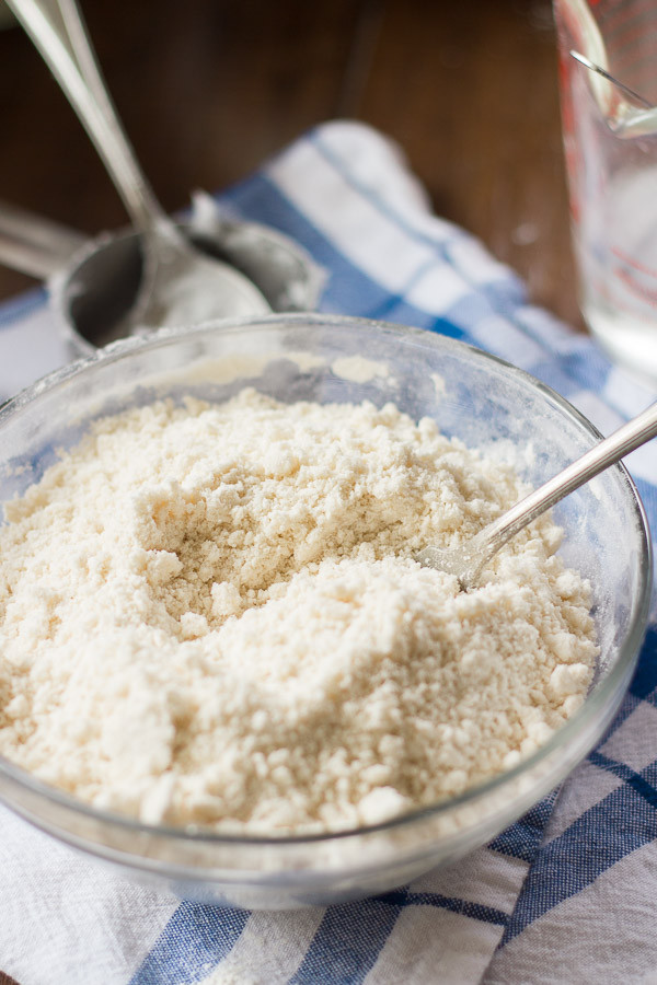 Coconut Oil Pie Crust  How to Make Coconut Oil Pie Crust