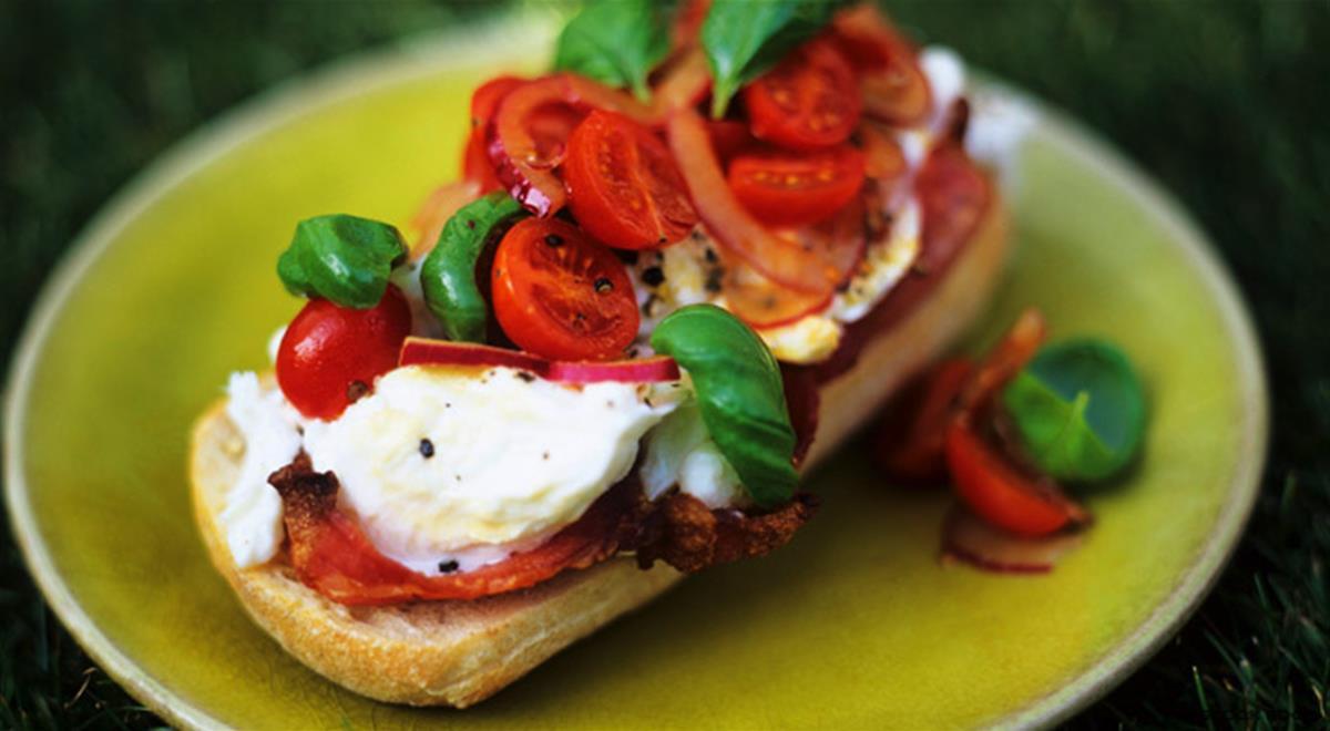 Cold Italian Appetizers  Italian Bruschetta Recipe with Tomato and Mozzarella