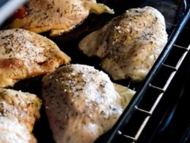 Cook Boneless Chicken Thighs  How to Bake Boneless Chicken Thighs with