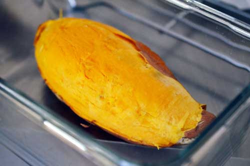 Cook Sweet Potato In Microwave  How to cook a sweet potato fast in the microwave with easy
