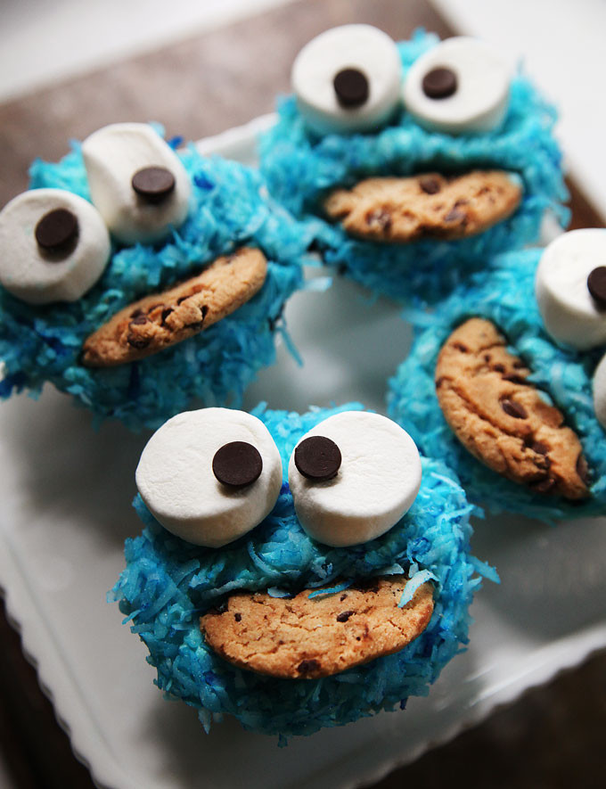 Cookie Monster Cupcakes  How to Make Cookie Monster Cupcakes Video