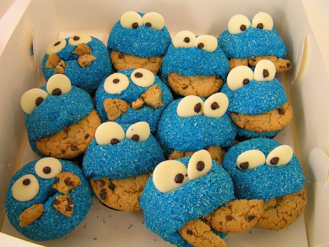 Cookie Monster Cupcakes  Cookie Monster cupcakes