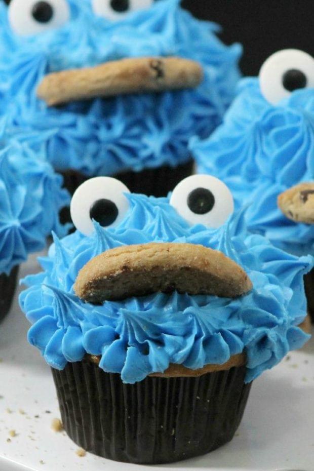 Cookie Monster Cupcakes  Cookie Monster Cupcakes Spaceships and Laser Beams