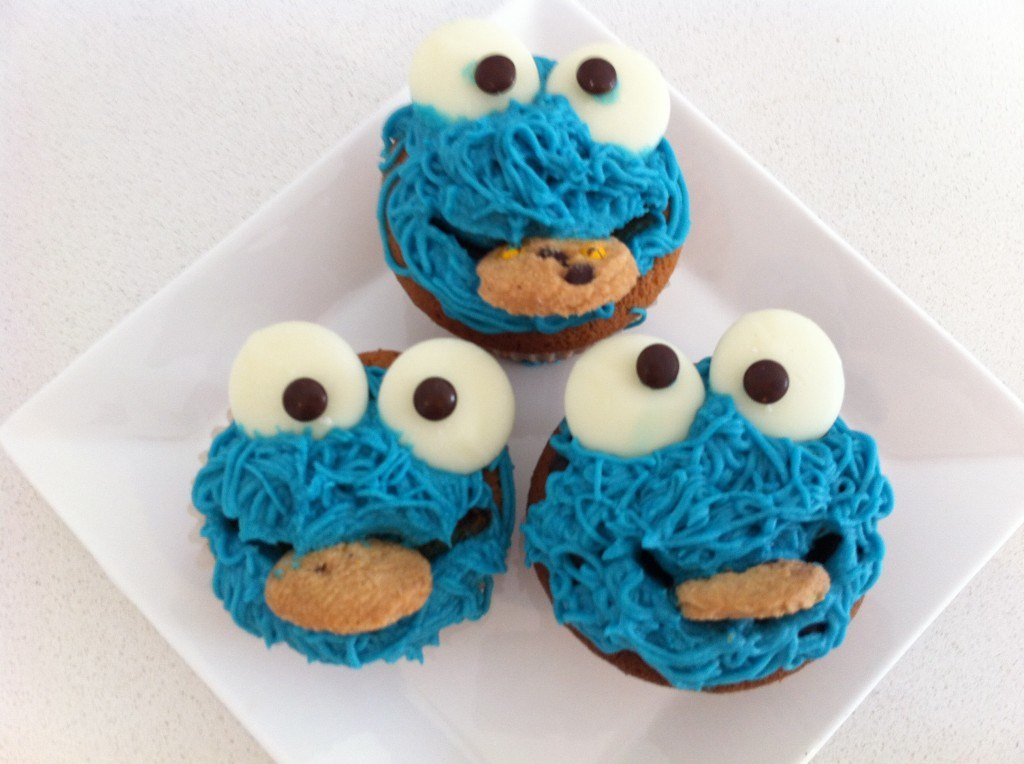 Cookie Monster Cupcakes  HowToCookThat Cakes Dessert & Chocolate