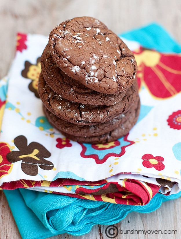 Cookies Made With Cake Mix  Rolo Cake Mix Cookies — Buns In My Oven