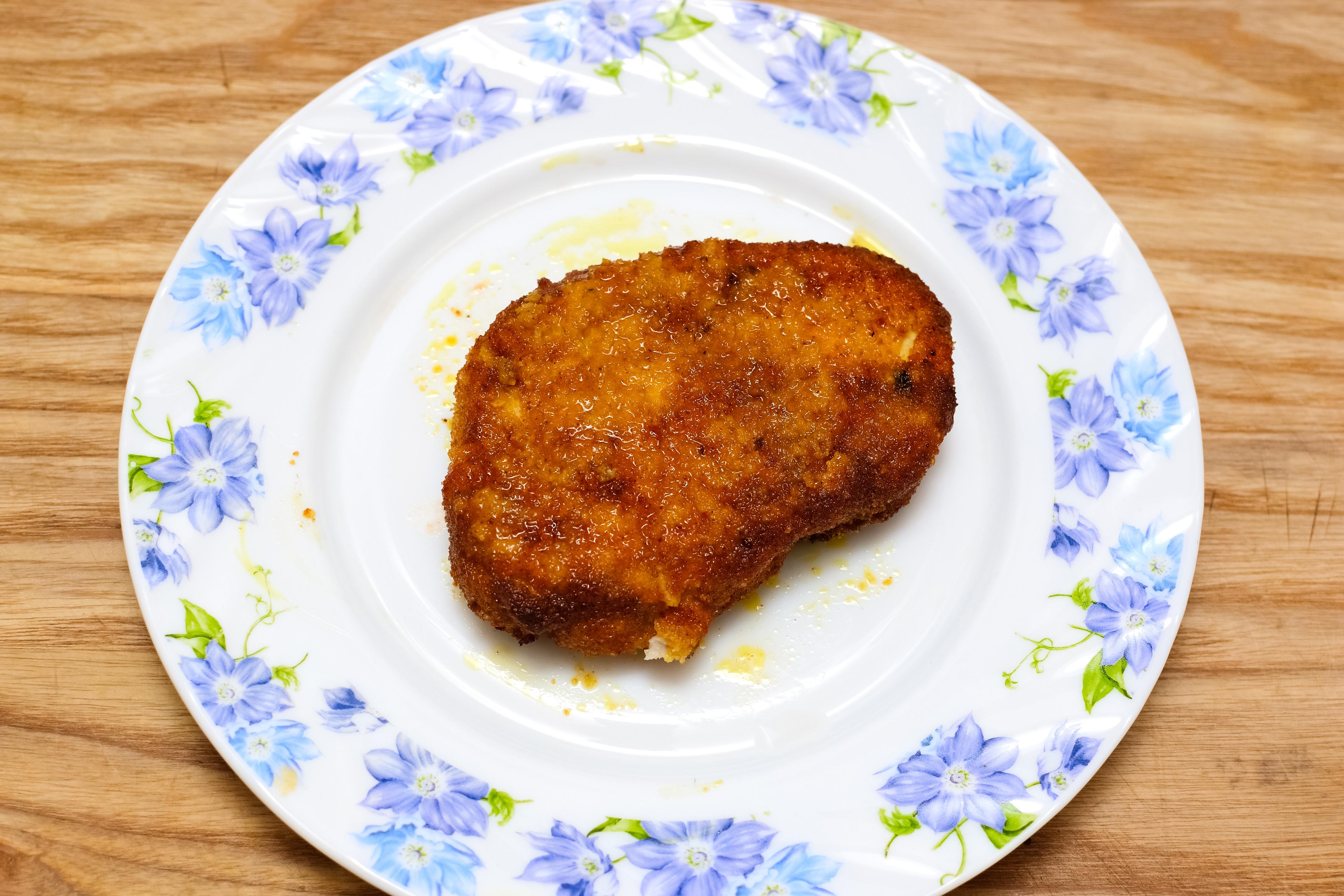 Cooking Boneless Pork Chops  4 Ways to Cook Boneless Pork Chops wikiHow