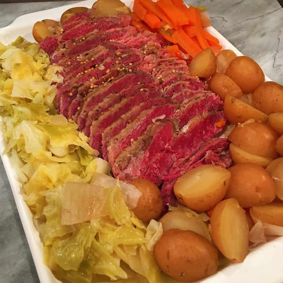 Cooking Corned Beef And Cabbage  Slow Cooker Corn Beef and Cabbage