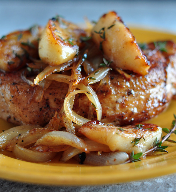 Cooking Pork Loin Chops  Pork Loin Chops with Apples and ions The Creekside Cook