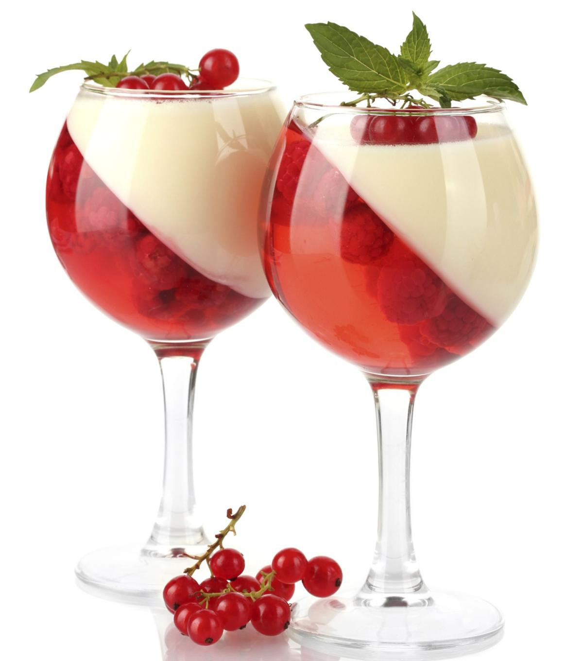 Cool Whip Desserts With Jello  raspberry cool whip dessert