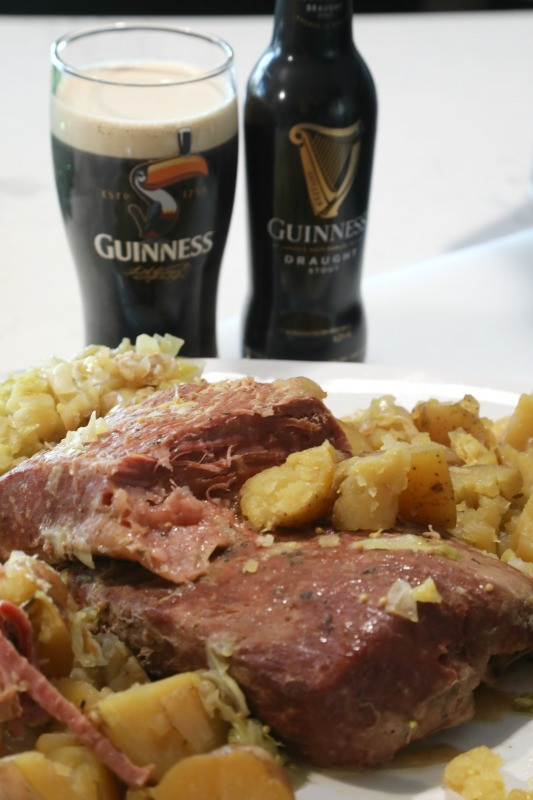 Corn Beef Crock Pot  Crock Pot Guinness Corned Beef and Cabbage